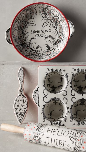 crowned leaf bakeware anthropologie