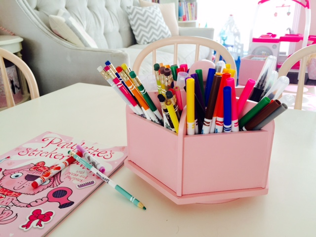 a fun way to store and display kids art supplies lace and lollipops. Black Bedroom Furniture Sets. Home Design Ideas